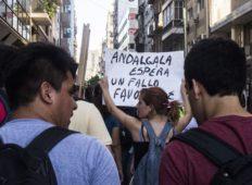 Caminata del Segundo Acampe en Tribunales en apoyo Asamblea El Algarrobo de Andalgalá