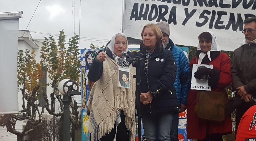10 meses sin Santiago Maldonado - Norita Cortiñas en 25 de Mayo