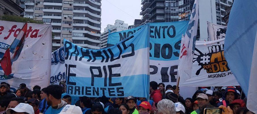 [Corrientes] Presentes en la #MarchaFederal por pan y trabajo