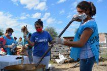 Ante la falta de alimentos, Barrios de Pie realizó 2000 ollas populares en todo el país.