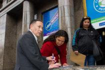 [Bs. As.] Ceballos y mujeres del conurbano relevaron el IBP y dejaron carta a Kicillof