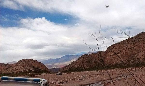 Dron-de-la-policía-en-corte-Angulos-La-Rioja.600