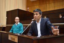 """[Neuquén] Jesús Escobar: """"Este presupuesto no diversifica la matriz económica de la provincia"""""""