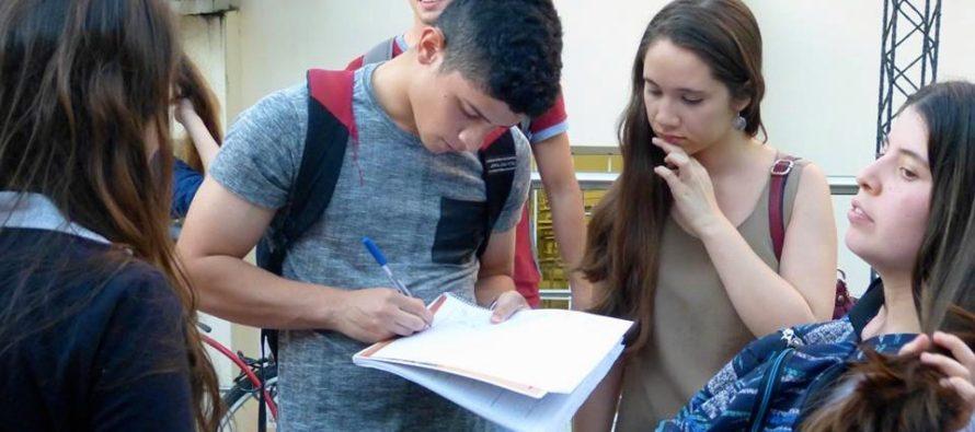[Chaco] Estudiantes de la UNNE reclaman reformas edilicias para garantizar la inclusión educativa