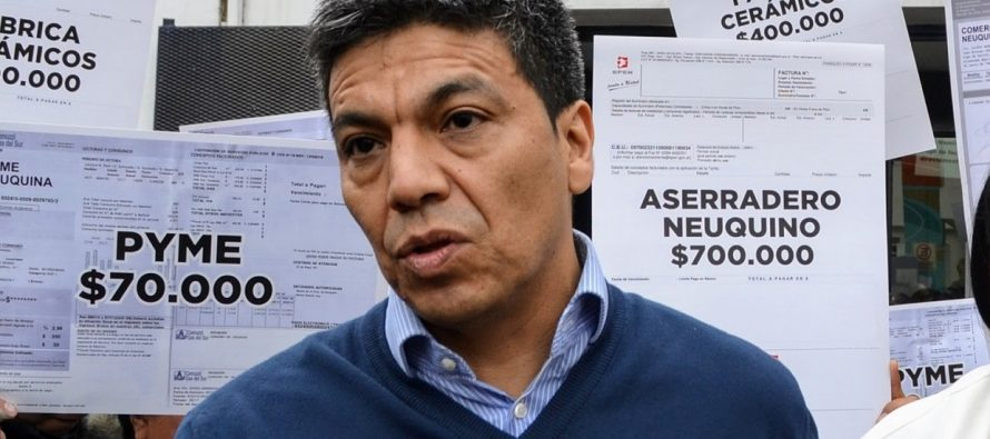 """[Neuquén] Jesús Escobar: """"Dos amigos de Macri ganaron 9.000 millones gracias a las tarifas"""""""
