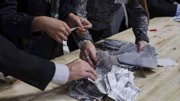 Recuento-Escena-Junta-Electoral-Tucuman_CLAIMA20150909_0229_28
