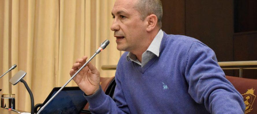 """[Neuquén] Santiago Nogueira: """"Con esta ley se reduce a la mitad el presupuesto para controles ambientales de actividades hidrocarburíferas"""""""