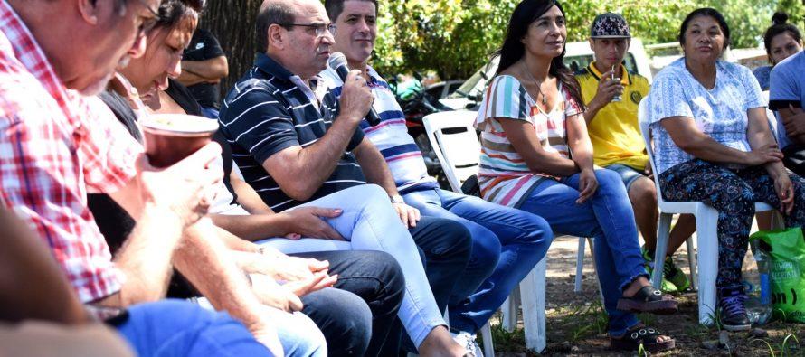 [Santa Fe] Humberto Tumini junto a dirigentas y dirigentes provinciales