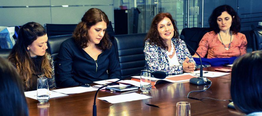 [CABA] Velasco presentó protocolo contra violencia de género en escuelas