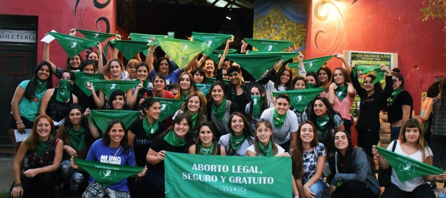 Las mujeres de Miramar debaten sobre el aborto