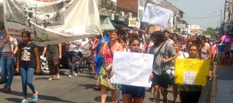 """[San Isidro] """"Defender la escuela pública es defender al barrio y sus pibes y pibas"""""""