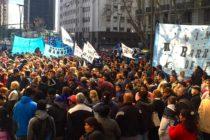 Barrios de Pie acampó frente al Ministerio de Trabajo