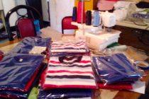 [Mendoza] Barrios de Pie entrega juguetes reciclados y remeras nuevas al Hospital Notti