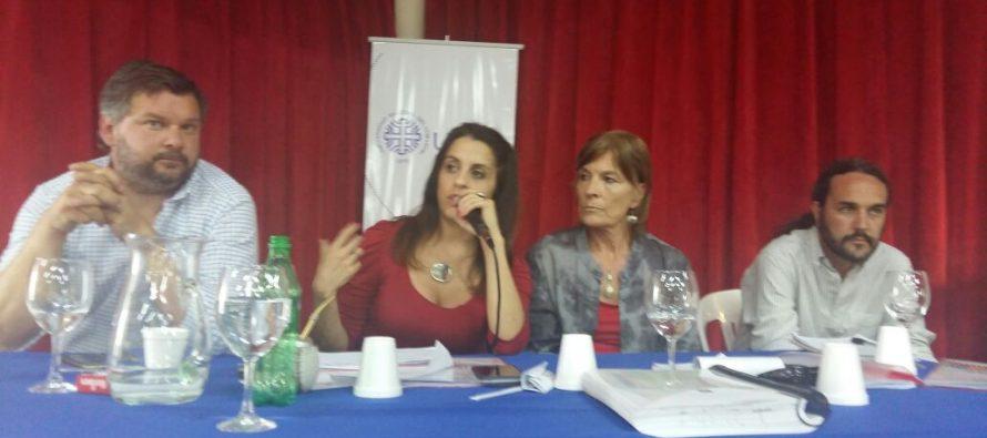 Desde Bariloche Donda llamó a resover los conflictos a través del diálogo