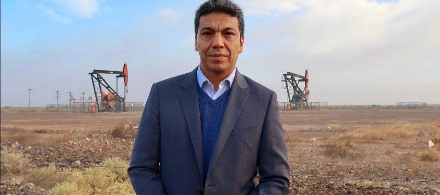 """[Neuquén] Jesús Escobar: """"El Estado tiene que regir la industria petrolera y gasífera de nuestro país"""""""