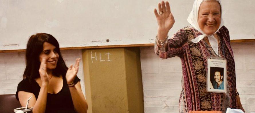 Nora Cortiñas, Victoria Donda y  Daniel Menéndez entregaron reconocimiento a educadores populares