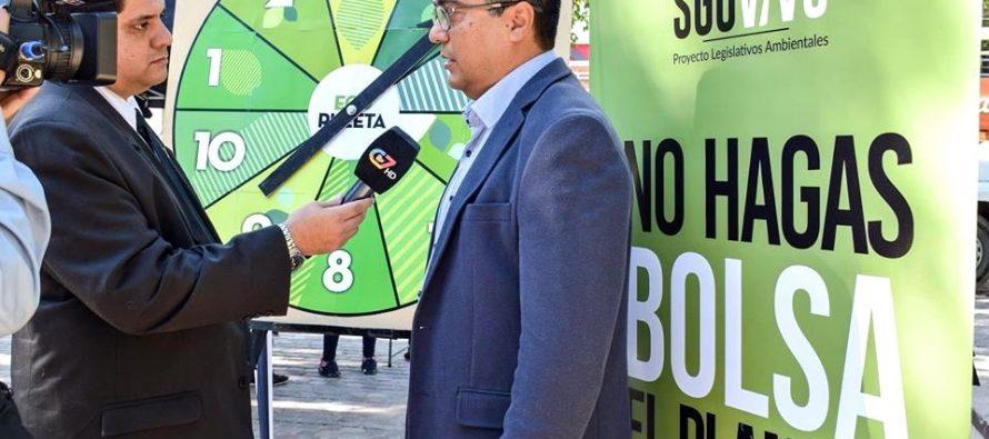 [Santiago del Estero] Giménez presenta proyecto para prohibir envases plásticos de un solo uso