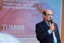 Tumini lanza su pre-candidatura con una dura crítica a Macri y Cristina. Entrevista radial.