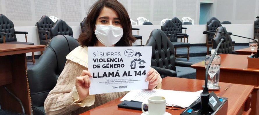 [Santiago del Estero] Será obligatorio exhibir en vidrieras la Linea 144. Iniciativa de Lezama Hid.