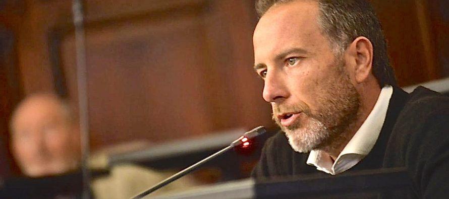 Media sanción a la adhesión Ley Micaela de los senadores García y Mancinelli.