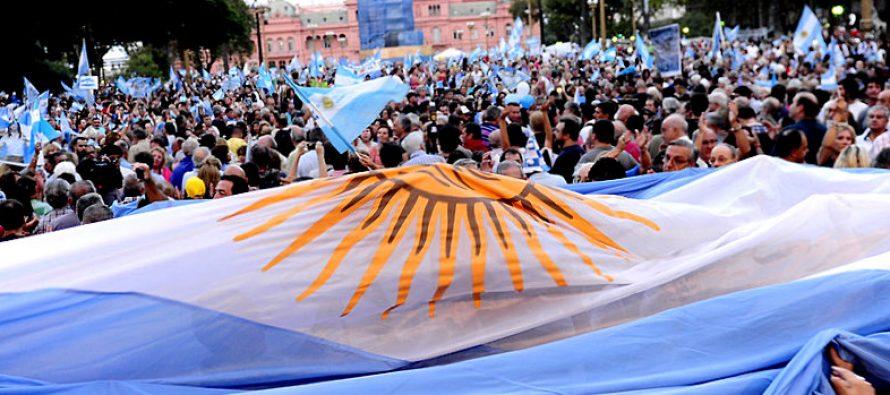 Un amplio frente electoral que derrote a Macri y a Cristina. Resolución de la mesa nacional