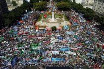 ¿Violencia inconducente o movilización democrática? La calle es de la multitud. Por Por E. Adamovsky