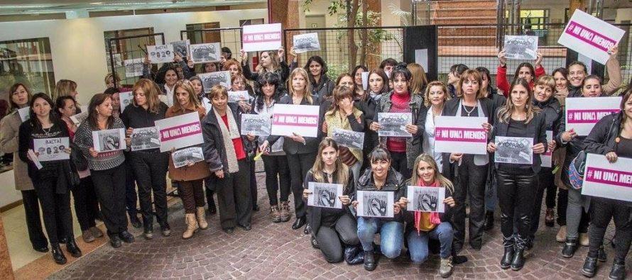 [Neuquén] Paro de Mujeres en el Deliberante