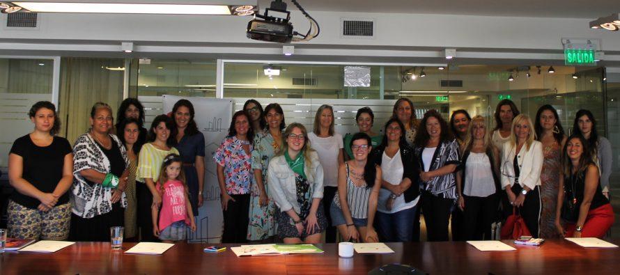 [CABA] Velasco con instituciones y organizaciones presenta protocolo por violencia de género