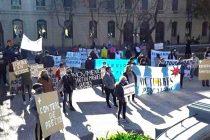 [Pergamino] Covid- 19. Importante manifestación frente al municipio.