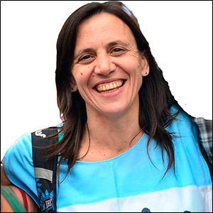 Silvia Saravia / Barrios de Pie