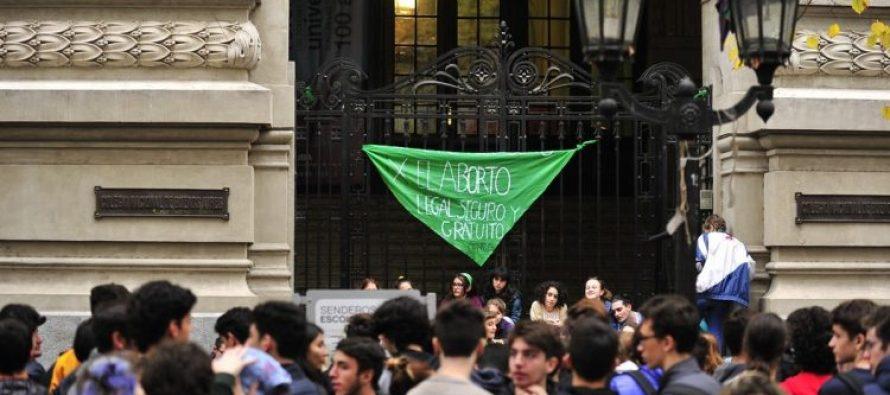 [CABA] 74% de los secundarios a favor de la legalización del aborto