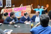 [Tucumán] Por falta de becas interrumpen sesión del Consejo Superior