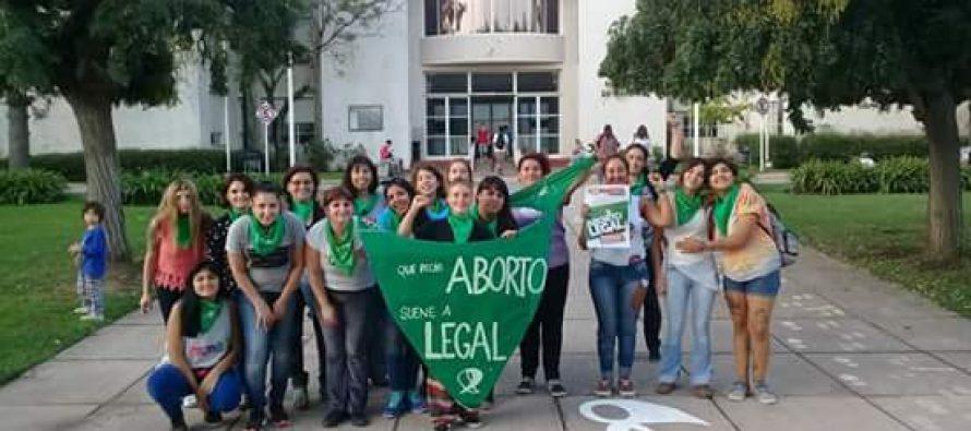 [Moreno] Movimiento Sur propone que la UNM se pronuncie a favor del #AbortoLegal