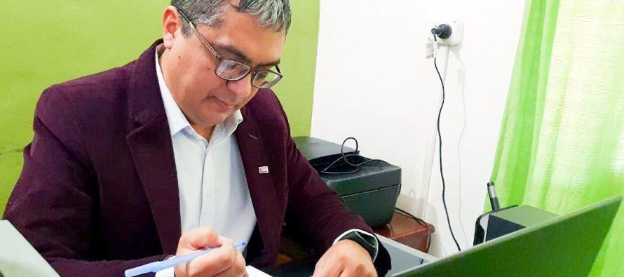 [Santiago del Estero] Fernando Giménez presentó un proyecto de ley de fomento a la producción de bioplásticos.