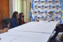[Pico Truncado] Barrios de Pie con el Jefe de Gabinete de la Municipalidad.