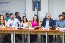 La Comisión de DDH se constituirá en Bariloche. Bullrich no concurrió.
