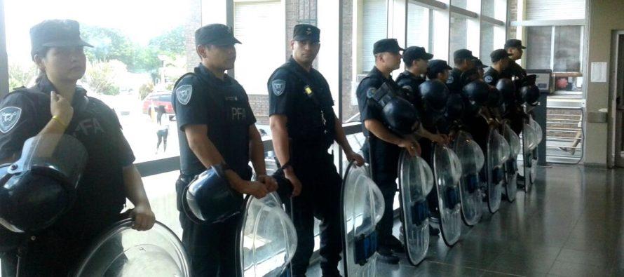 [CABA] Despidos en el Hospital Posadas se suman a la ola de cesantías e intimidación del gobierno