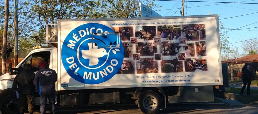 [Gran Bs. As.] La policía y el sindicato de Carlos Acuña llevan a Médicos del Mundo a comisaría.
